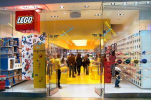 Lego Store Survey @ www.lego.com/storesruvey & Win $500 to $1000 Gift Cards